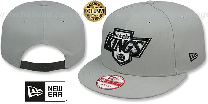 Kings 'TEAM-BASIC SNAPBACK' Grey-Black Hat by New Era : pictured without stickers that these products are shipped with