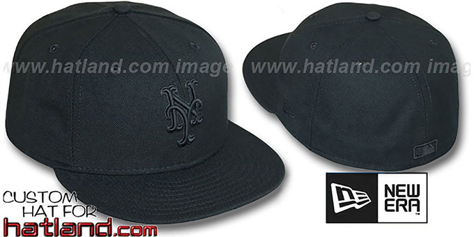 Mets 'BLACKOUT' Fitted Hat by New Era : pictured without stickers that these products are shipped with