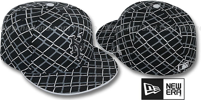 Mets 'CHAIN-LINK' Black Fitted Hat by New Era : pictured without stickers that these products are shipped with
