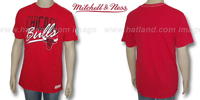 Mitchell & Ness Bulls 'Fan Vintage' Red T-Shirt : pictured without stickers that these products are shipped with