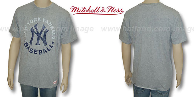 Mitchell and Ness Yankees 'Fan Vintage' Grey T-Shirt : pictured without stickers that these products are shipped with