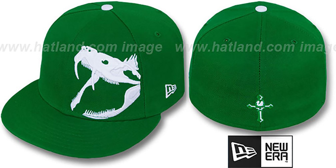 New Era 'RATTLER' Kelly-White Fitted Hat : pictured without stickers that these products are shipped with