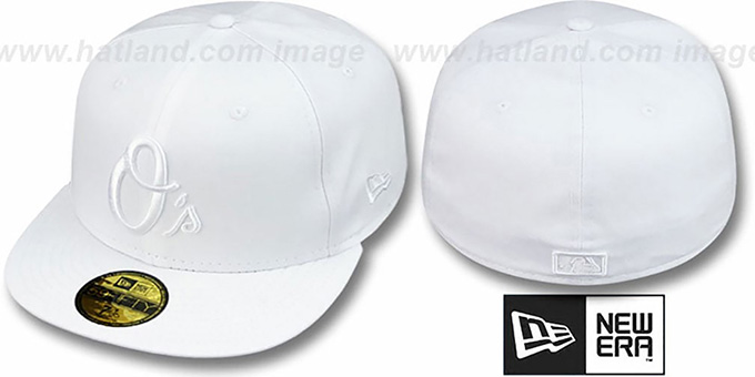 Orioles ALT 'WHITEOUT' Fitted Hat by New Era : pictured without stickers that these products are shipped with