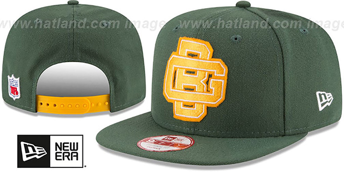 Packers 'RETRO-BASIC SNAPBACK' Green Hat by New Era : pictured without stickers that these products are shipped with