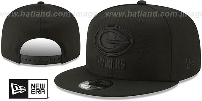 5526e7b1 Green Bay Packers TEAM-BASIC BLACKOUT SNAPBACK Hat by New Era