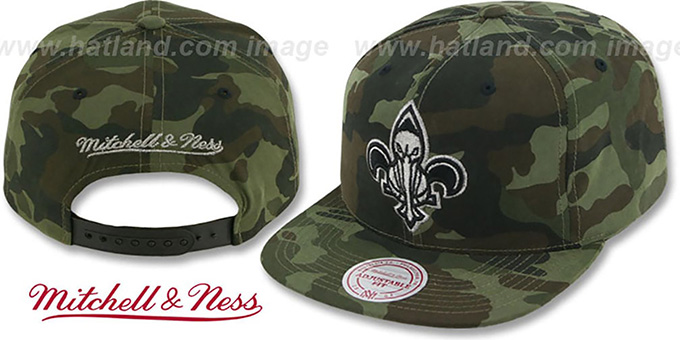 Pelicans 'METAL-CAMO SNAPBACK' Hat by Mitchell & Ness : pictured without stickers that these products are shipped with