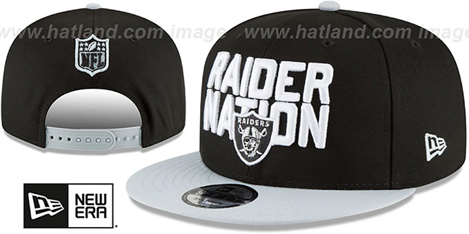 Oakland Raiders 2018 SPOTLIGHT SNAPBACK Black-Grey Hat by New Era dc8c1629653