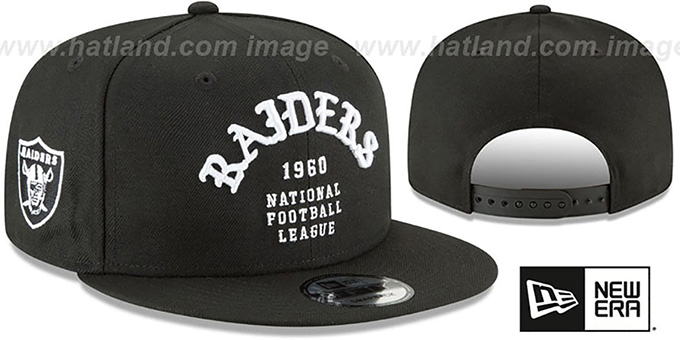Raiders 'GOTHIC-ARCH SNAPBACK' Black Hat by New Era : pictured without stickers that these products are shipped with