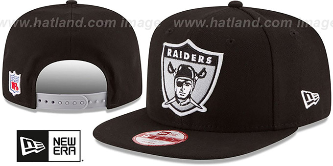 Raiders 'RETRO-BASIC SNAPBACK' Black Hat by New Era : pictured without stickers that these products are shipped with