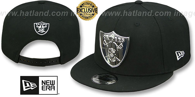 Oakland Raiders SILVER METAL-BADGE SNAPBACK Black Hat by New Era 1f1639dafef