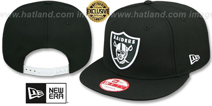 Raiders 'TEAM-BASIC SNAPBACK' Black-White Hat by New Era : pictured without stickers that these products are shipped with