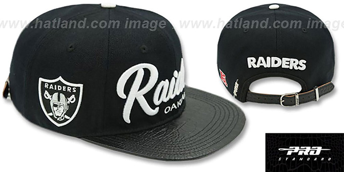 8c9e56b3 Oakland Raiders TEAM-SCRIPT STRAPBACK Black Hat by Pro Standard