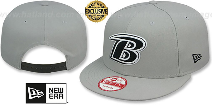 Ravens 'NFL B TEAM-BASIC SNAPBACK' Grey-Black Hat by New Era : pictured without stickers that these products are shipped with