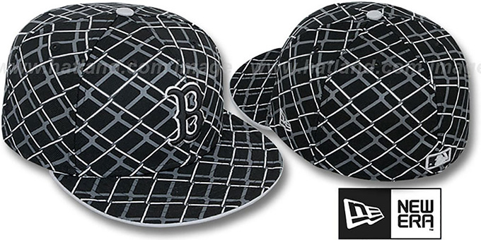 Red Sox 'CHAIN-LINK' Black Fitted Hat by New Era : pictured without stickers that these products are shipped with
