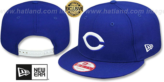 Reds 'TEAM-BASIC SNAPBACK' Royal-White Hat by New Era : pictured without stickers that these products are shipped with