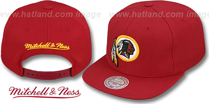 Redskins 'THROWBACK-BASIC SNAPBACK' Burgundy Hat by Mitchell & Ness : pictured without stickers that these products are shipped with