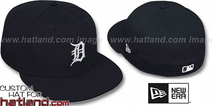 Tigers 'TEAM-BASIC' Black-White Fitted Hat by New Era : pictured without stickers that these products are shipped with