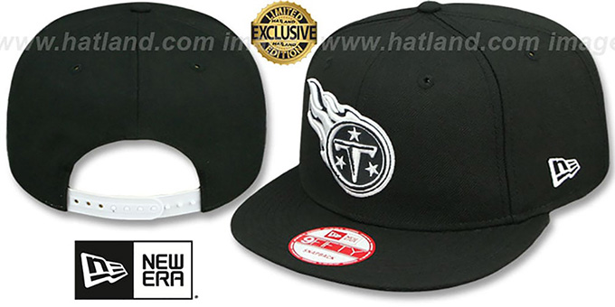 Titans 'TEAM-BASIC SNAPBACK' Black-White Hat by New Era : pictured without stickers that these products are shipped with