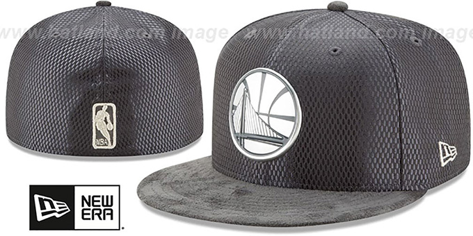 Warriors '2017 ONCOURT' Charcoal Fitted Hat by New Era : pictured without stickers that these products are shipped with