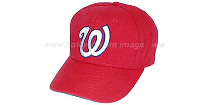 Washington Senators 1969-71 'COOP' Hat : pictured without stickers that these products are shipped with