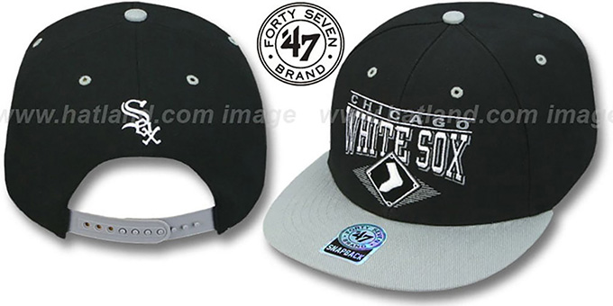 White Sox '2T HOLDEN SNAPBACK' Adjustable Hat by Twins 47 Brand : pictured without stickers that these products are shipped with