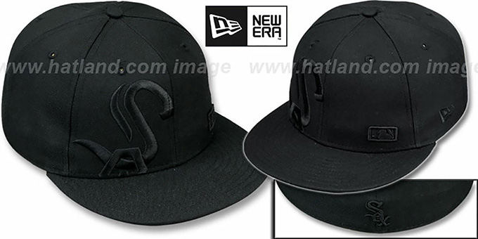 White Sox 'BIGGY FLAW BLACKOUT' Fitted Hat by New Era : pictured without stickers that these products are shipped with
