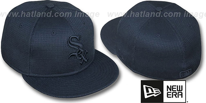White Sox 'THERMAL BLACKOUT' Fitted Hat by New Era : pictured without stickers that these products are shipped with