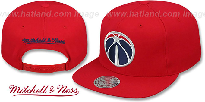Wizards 'BASIC-LOGO SNAPBACK' Red Hat by Mitchell and Ness : pictured without stickers that these products are shipped with