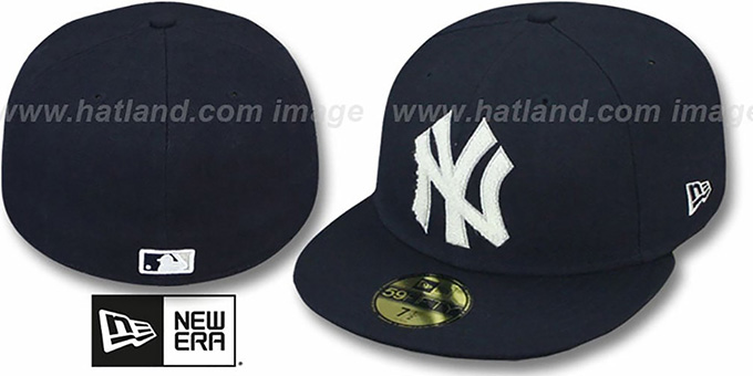Yankees  'CHENILLE APPLIQUE' Navy Fitted Hat by New Era : pictured without stickers that these products are shipped with