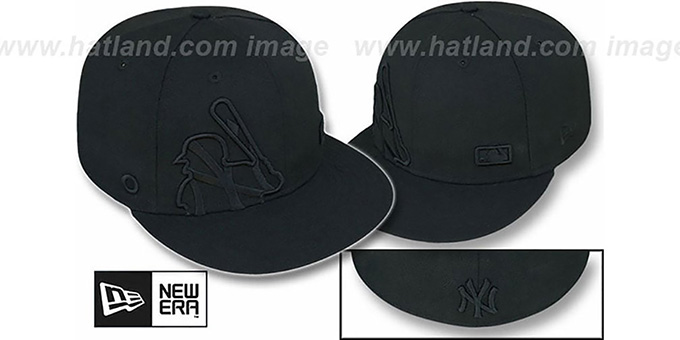 Yankees 'BIGGY FLAW MLB INSIDER BLACKOUT' Fitted Hat by New Era : pictured without stickers that these products are shipped with