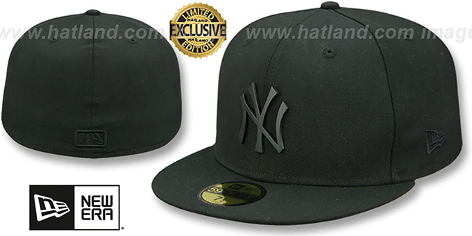 Yankees 'BLACK METAL-BADGE' Black Fitted Hat by New Era : pictured without stickers that these products are shipped with