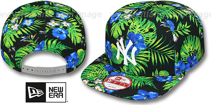 Yankees 'BLOOM SNAPBACK' Hat by New Era : pictured without stickers that these products are shipped with