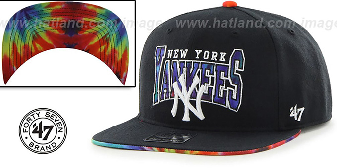 Yankees 'CANNED-HEAT SNAPBACK' Black Hat by Twins 47 Brand : pictured without stickers that these products are shipped with