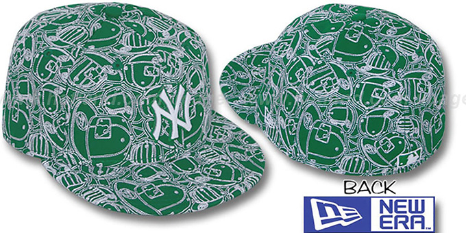 Yankees 'CHAOS PUFFY' Kelly-White Fitted Hat by New Era : pictured without stickers that these products are shipped with