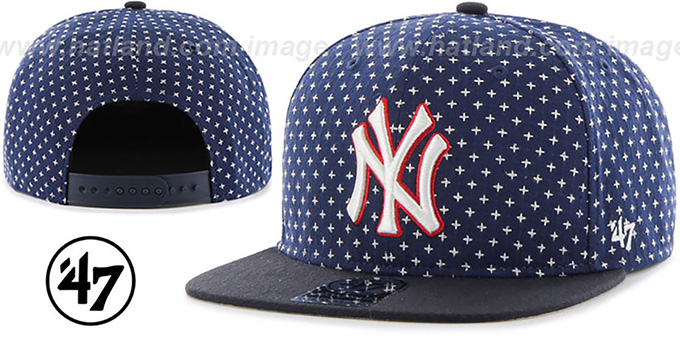Yankees 'CROSSBREED SNAPBACK' Navy Hat by Twins 47 Brand : pictured without stickers that these products are shipped with