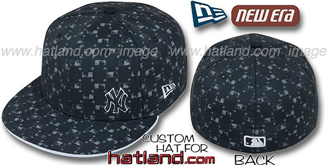 Yankees FLAWLESS 'MLB FLOCKING' Black Fitted Hat by New Era : pictured without stickers that these products are shipped with
