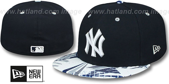 Yankees 'GEOMET TRICK' Navy Fitted Hat by New Era : pictured without stickers that these products are shipped with