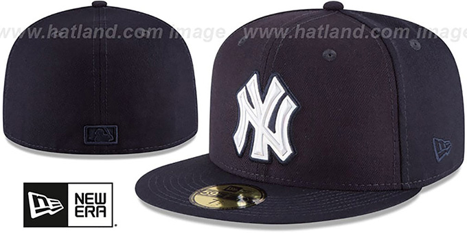 Yankees 'IRIDESCENT HOLOGRAM' Navy Fitted Hat by New Era : pictured without stickers that these products are shipped with