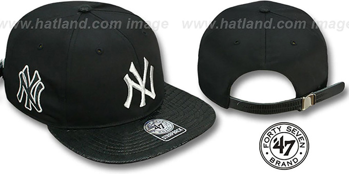 Yankees 'JULIGUNK STRAPBACK' Black-Silver Hat by Twins 47 Brand : pictured without stickers that these products are shipped with
