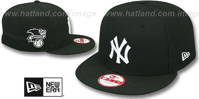 Yankees 'LEAGUE REPLICA SNAPBACK' Black-White Hat by New Era : pictured without stickers that these products are shipped with
