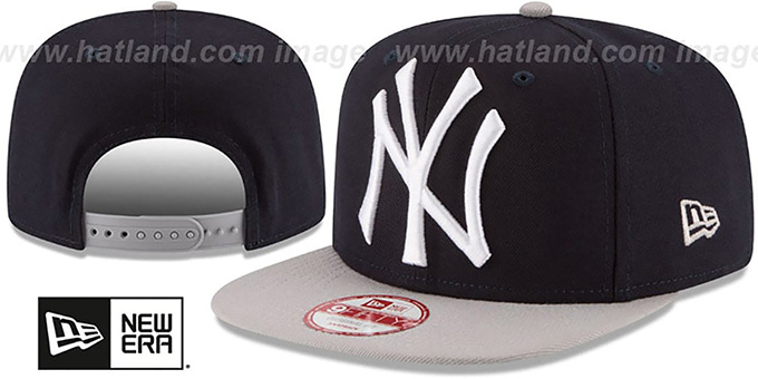 Yankees 'LOGO GRAND REDUX SNAPBACK' Navy-Grey Hat by New Era : pictured without stickers that these products are shipped with