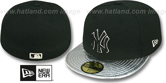 Yankees 'METALLIC SLITHER' Black-Silver Fitted Hat by New Era : pictured without stickers that these products are shipped with