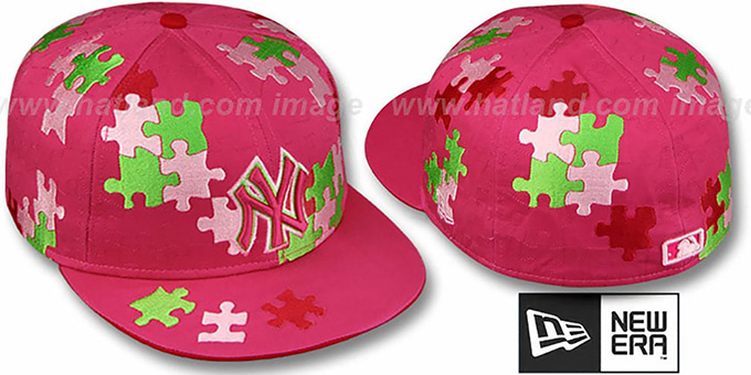 Yankees 'PUZZLE' Pink Fitted Hat by New Era : pictured without stickers that these products are shipped with