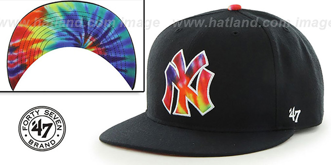 Yankees 'SHAKEDOWN' Black Fitted Hat by 47 Brand : pictured without stickers that these products are shipped with