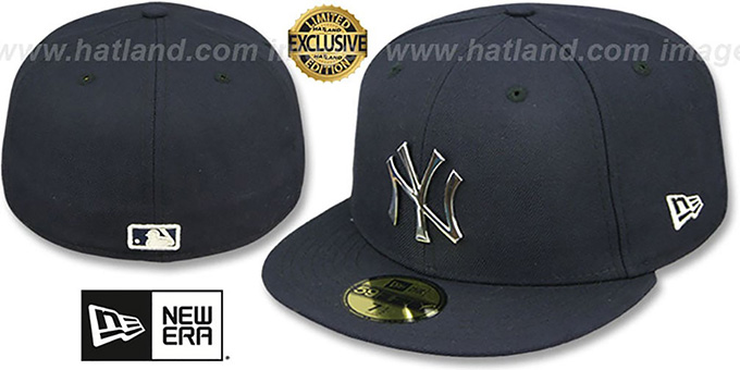 Yankees 'SILVER METAL-BADGE' Navy Fitted Hat by New Era : pictured without stickers that these products are shipped with