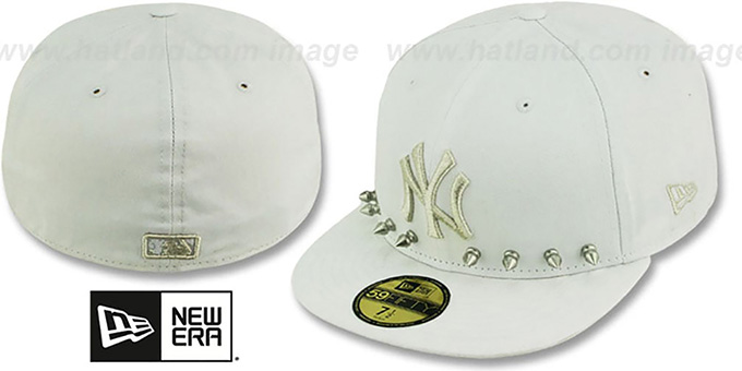 Yankees 'STUD-POP' White Fitted Hat by New Era : pictured without stickers that these products are shipped with