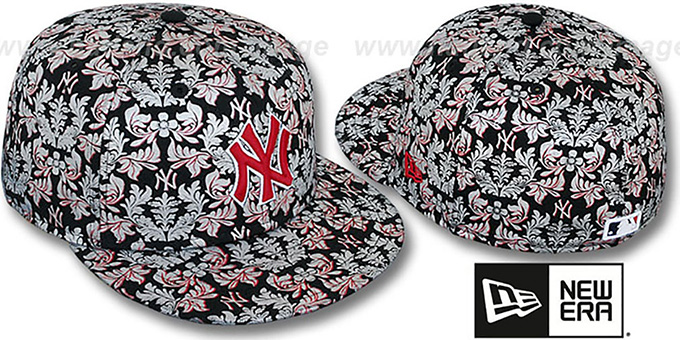 84c1adbfb96 New York Yankees TAPESTRY FOIL Black Fitted Hat by New Era