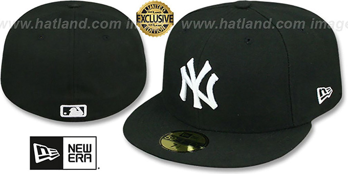 Yankees 'TEAM-BASIC' Black-White Fitted Hat by New Era : pictured without stickers that these products are shipped with