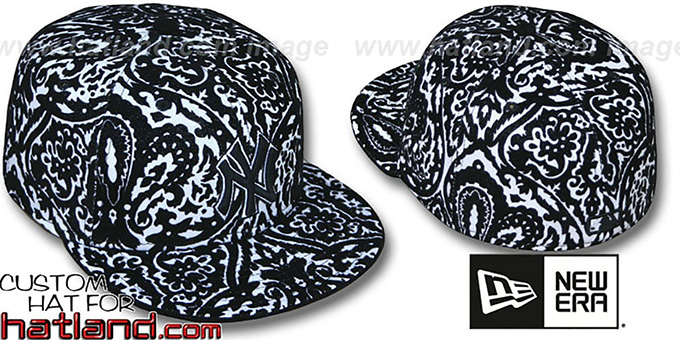 Yankees 'VELVET PAISLEY' Black-White Fitted Hat by New Era : pictured without stickers that these products are shipped with