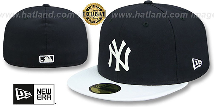 Yankees 'WHITE METAL-BADGE' Navy-White Patent Fitted Hat by New Era : pictured without stickers that these products are shipped with